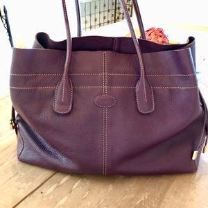 Sophisticated Tods  Leather Tote